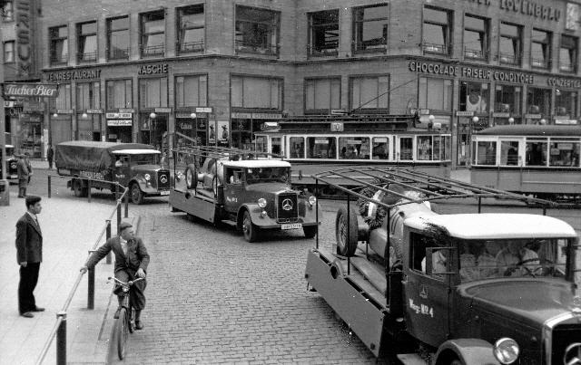 """1934: Los primeros """"Flechas de Plata"""" son transportados en camiones"""