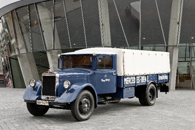 Uno de los camiones Mercedes Benz de los años 30 restaurado.