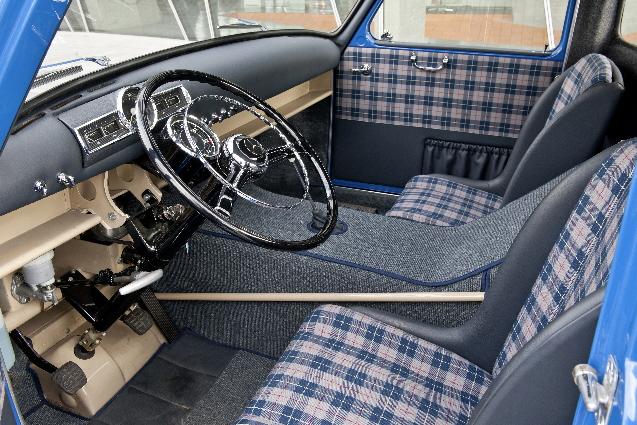 Interior de una cabina años 50