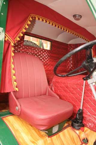 Los interiores de cabina se adaptaban de modo artesanal, como muestra esta soberbia retauración.