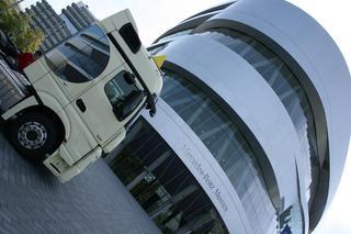 El Mercedes Benz Museum contiene una increíble colección de vehículos.