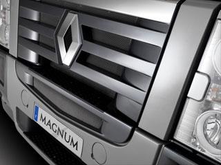 Los motores DXi13 animan este camión.