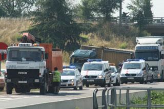 Pese a los bajos niveles de siniestralidad, los accidentes sufridos por camiones resultan siempre espectaculares.