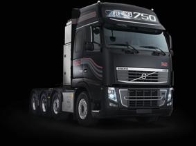 En aplicaciones de transportes especiales el FH16 750 CV puede manejar 250 toneladas.
