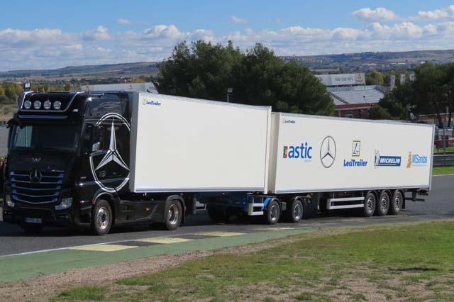 Astic pone en marcha cursos formativos sobre conducción de megacamiones.