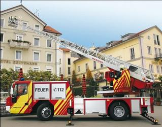 Iveco Magirus también ofrece una cabina de perfil bajo para sus camiones escala de bomberos.