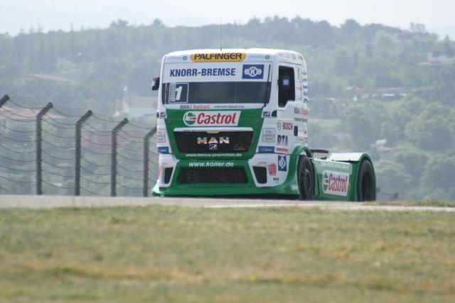 Jochen Hahn quiere renovar el número 1 del campeonato, lo ha dejado claro desde el principio.
