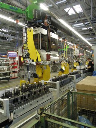 En unos mese la cadena de producción del OM471 trabajará a pleno ritmo.