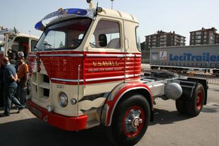 El 2020 era una poco habitual versión tractora del Pegaso Europa.