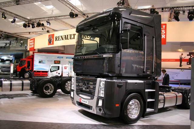 La tractora Magnum de Renault Trucks sigue siendo un hito en cuanto a comodidad para el largo recorrido.