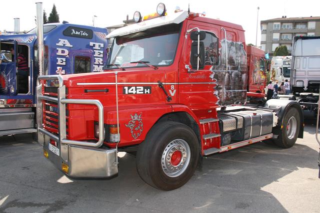 Los Scania V8 con cabina de morro envejecen bien, como demuestra este bien cuidado 142.