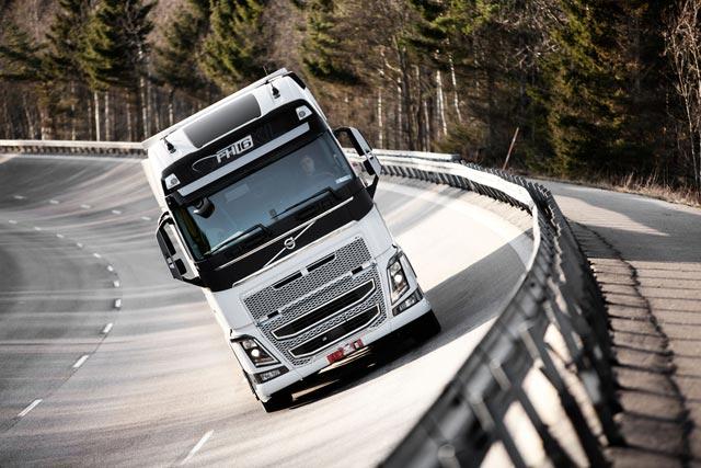 Los ensayos realizados sobre los New FH aseguran que el rendimiento de las ruedas con suspensión idependiente sea satisfactorio.