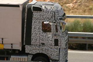 Se espera del motor Mercedes OM471 una vida útil sin grandes reparaciones cercana a 1.200.000 kilómetros.