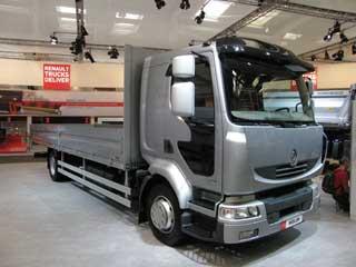 El Renault Midlum ofrece un interesante vehículo pensado para la distribución.