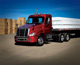 Los Freightliner Cascadia ya funcionan en los USA con el motor Detroit Diesel DD13 similares al OM471.