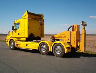 También se ofrecen modelos desmontables adaptados a la quinta rueda de cualquier tractora.
