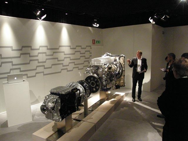 El primer motor disponible Euro 6 para los nuevos Volvo FH será el 13 litros de 460 CV Turbocompound.