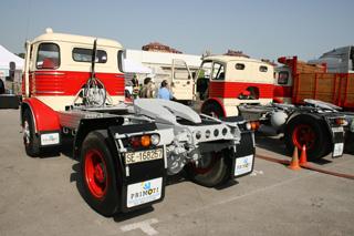 Estas tractoras Pegaso demuestran que durante los años 60 y 70 los conjuntos articulados trailer se empezaron a abrir camino.