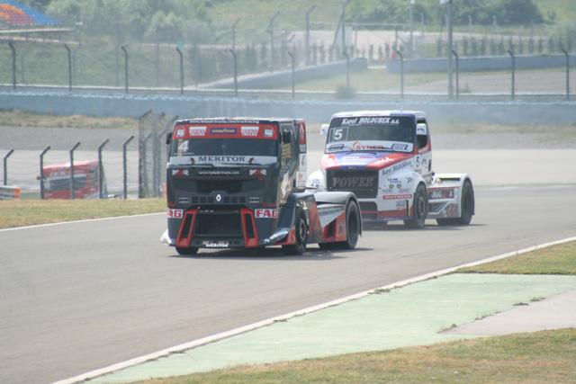 El Freightliner de Vrsecky es el único invitado a la lucha entre MAN y Renault.