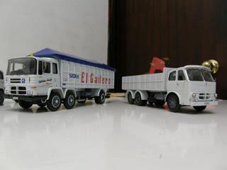 En los años 70 convivían estos modelos, mostrando el cambio en el diseño de los Pegaso.