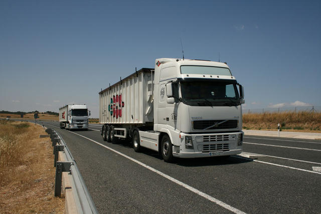 La especialidad de Cotraman es el transporte de cargas a graneles, principalmente cereales.