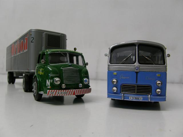 Dos creaciones bajo la marca de Pegaso, la tractora Mofletes y el autocar autoportante, reproducidos por Modeltrans.