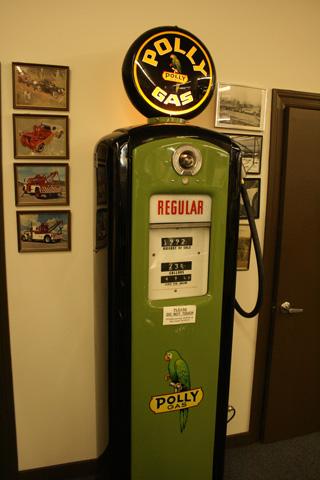 Para las gasolineras también pasa el tiempo.