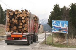 Nuestro camino pasa junto a las pistas de ski de Font Romeu, en la vertiente gala del Pirineo.
