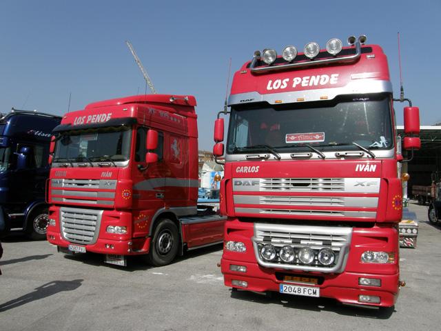 Dos bonitos DAF XF105 presentes en el festival.