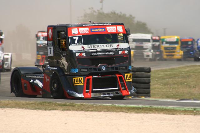 Adam Lacko es una excelente incorporación a la escuadra de Renault Trucks con su Premium.