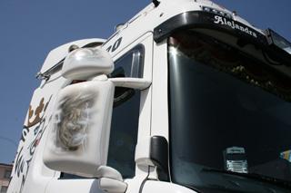 Detallista decoración, con camión en miniatura incluída.