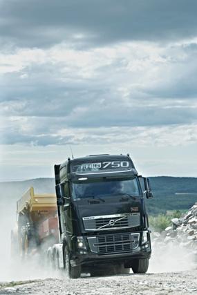 Los transportes especiales son una de las aplicaciones idóneas para la gama FH 16 de Volvo Trucks.