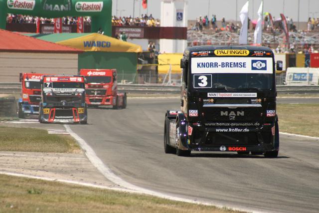 Jochen Hahn es líder provisional del campeonato europeo y mantiene a raya a sus rivales.
