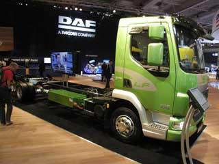 El DAF LF 45, un camión híbrido diesel eléctrico de 12 toneladas, en fabricación a finales de año.