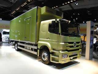 La gama Axor de Mercedes también ha sido renovada durante 2010.