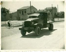 En los años 50 llegaron los GMC todoterreno excedentes de guerra.
