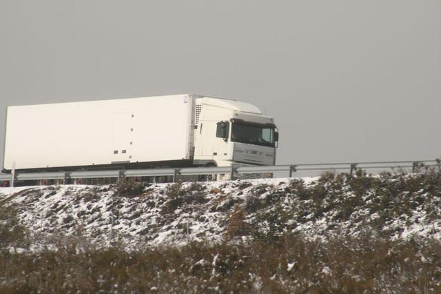 Las condiciones climatológicas del invierno inciden en los siniestros sufridos por camiones.