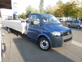 Interesante versión de gran volumen de un Volkswagen Transporter chasis cabina.