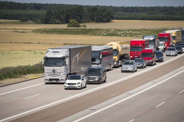 Daimler es el mayor fabricante mundial de camiones, con Mercedes Benz como su marca emblemática.