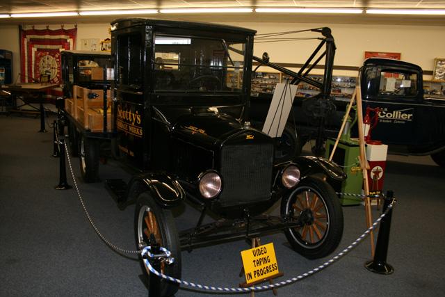 En fabricación desde 1908 el Ford T disponía de 20 CV y alcanzaba la aluncinante velocidad de 70 km/h.