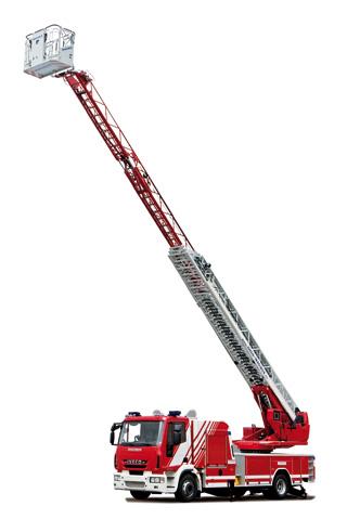 Este modelo combina un camión ligero de buena maniobrabilidad con 32 metros de alcance en altura.