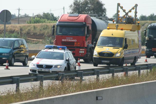 Parece que las autoridades de tráfico han tenido éxito, puesto que los accidentes por velocidad inadecuada se reducen.