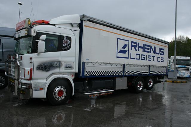 Buen trabajo de personalización sobre este rígido Scania con Tautliner.