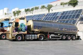 La mayor parte de la flota de camiones de Cañadas son Volvo FH.