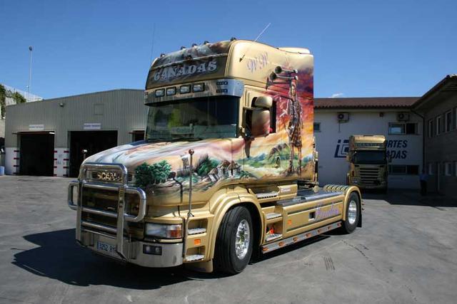 El Scania de morro de Cañadas para muchos es todo un símbolo de las rutas europeas.