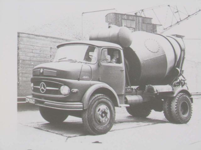 El desarrollo tecnológico ha permitido que un camión consuma menos de la mitad de gasóleo que hace 40 años.