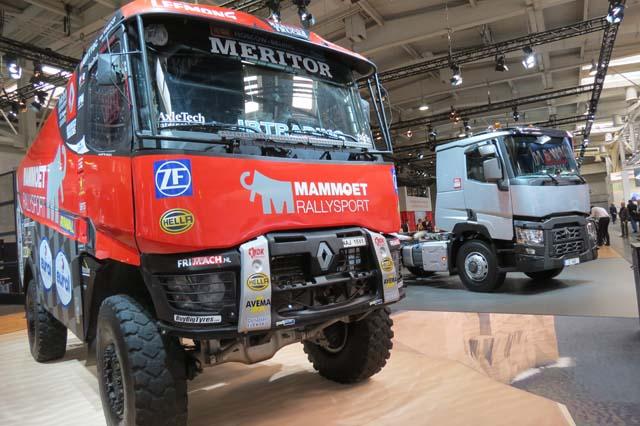 Renault K 4X4 participante en el raid Dakar
