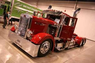 La A&L Truck Suply ha tuneado este Peterbil