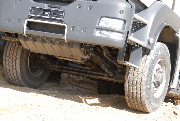 Gracias al sistema Hydrodrive este camión 4X4 no cuenta con diferencial en el eje delantero.