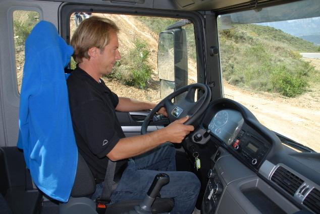 Este camión facilita la conducción en cualquier tipo de terreno.